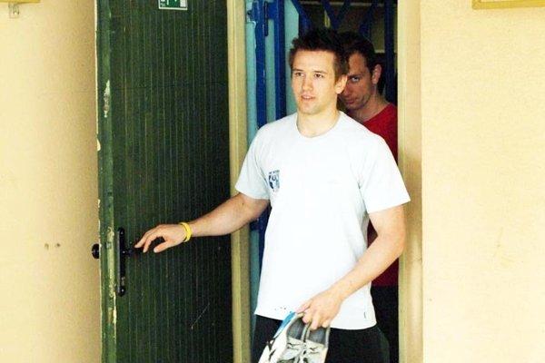 """Erik Čaládi zažije """"deja vu"""". Táto snímka z letnej prípravy je stará 8 rokov. Za ním je Miroslav Kováčik, vtedajší spoluhráč, dnes prezident klubu."""