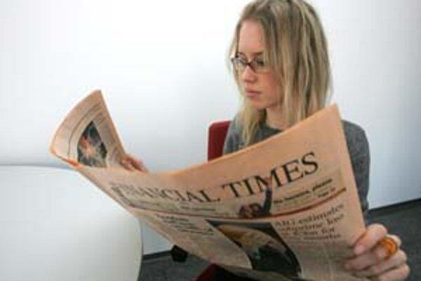 Financial Times v Európe porážajú neokonzervatívny Wall Street Journal.