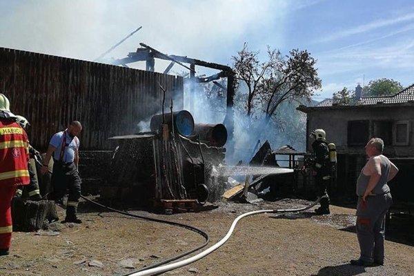 Požiar stodoly.