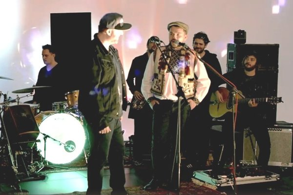 Ivan Tásler a Štefan Štec si spolu zaspievajú.