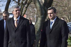 29. január 2018. Béla Bugár a Andrej Danko počas pietneho aktu kladenia vencov k Pamätníku obetiam arménskej genocídy.