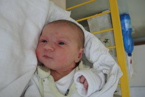 Amélia Syptáková (3720g, 52cm) sa narodila 8. mája Zuzane a Martinovi z Trenčianskych Stankoviec. Doma ju čaká 10-ročná Nellie.