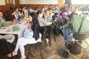 V sále kultúrneho domu sa zišlo viac ako 30 mamičiek snajmladšími Novoťanmi.