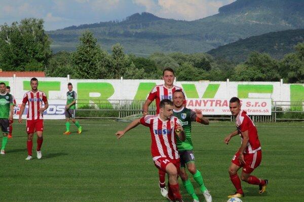 Šarišské Michaľany sa cez víkend rozišli so Stropkovom bez gólov.
