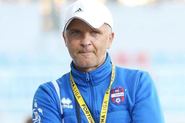 Najväčším mínusom bola hra obrany, hovorí tréner Juraj Jarábek.