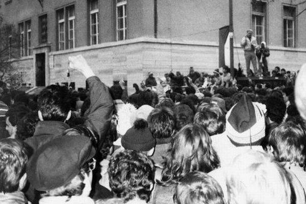 Novembrové demonštrácie v Bratislave.