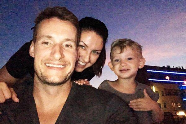 Braňo Mezei s manželkou Evou a synom Brankom. Čoskoro im pribudne ďalší člen rodiny.