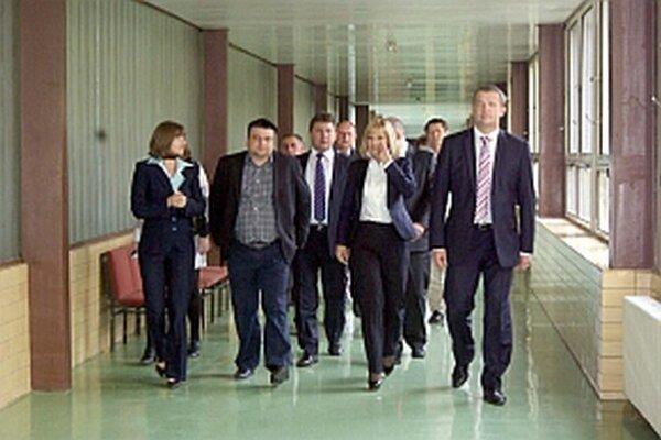 Koncom roka prišli na návštevu nemocnice ministerka aj kandidát na predsedu. O urgentnom príjme sa hovorilo už vtedy.