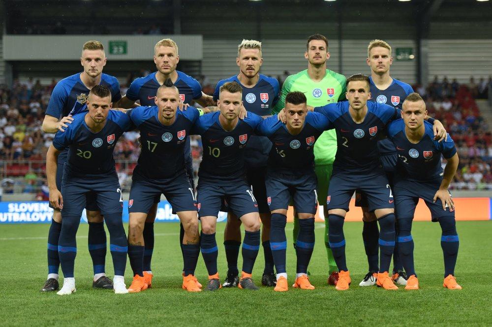 cfc018502bc02 Pozrite si momentky zo zápasu Slovensko - Holandsko - fotogaléria -  sport.sme.sk - sport.sme.sk