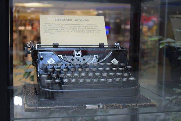 """Aj takéto staré """"mašiny"""" môžete vidieť v Žiline."""
