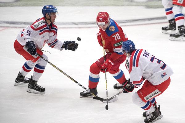 Talentovaný český hokejista Martin Kaut (vpravo) má problémy so srdcom.