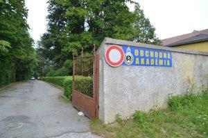 Príad učiteľa Obchodnej akadémie v Rožňave vyšetruje polícia.