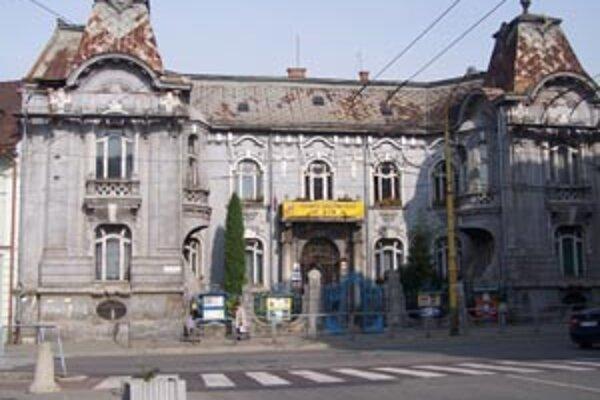 Z Rosenfeldovho paláca sa sťahuje Centrum voľného času, budovu čaká nákladná rekonštrukcia.