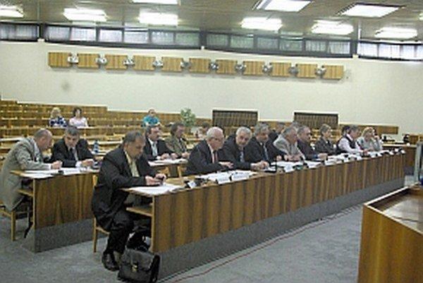 Nové nariadenie schvaľovali poslanci na ostatnom zasadnutí zastupiteľstvo.