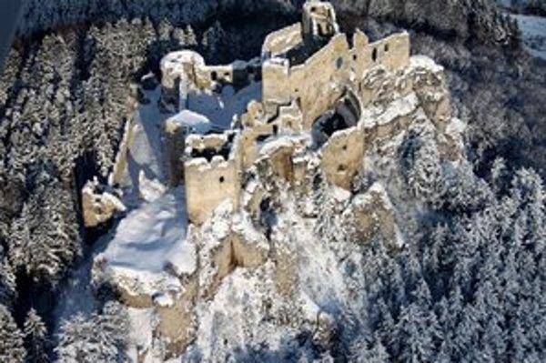 Lietavský hrad je dosť romantický aj bez Valentína.