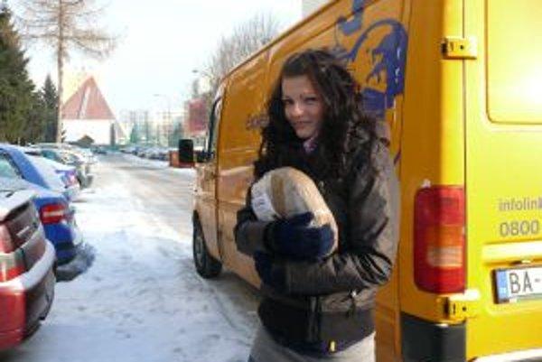 Poštárka Zuzana doručovala aj počas rekordných mrazov