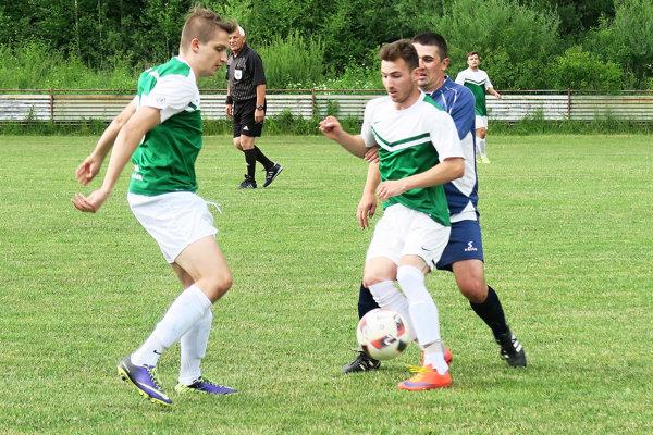 Zápas Kraľovian s Oravskou Lesnou sa hral na neutrálnej pôde v Istebnom.
