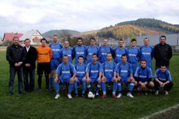 FK Predmier po jesennej časti skončil druhí a na Bánovú stráca dva body.