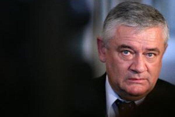 Ján Slota vraj nemá záujem ani o iné stranícke funkcie. Chce byť len poslancom parlamentu.
