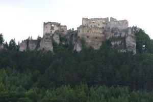 Krásny a majestátny. Taký je Lietavský hrad.