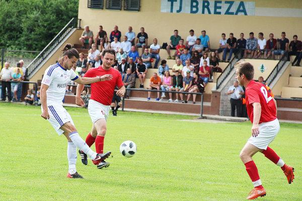 V Breze oslavovali 65 rokov organizovaného futbalu a 30. výročie otvorenia štadióna.
