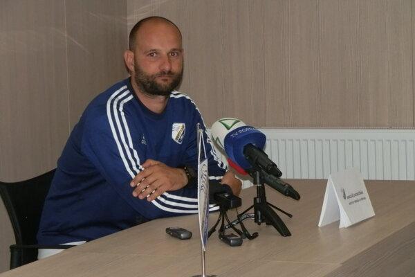 Asistent trénera FK Poprad Mikuláš Dvorožňák mal po sezóne 2017/18 zmiešané pocity.