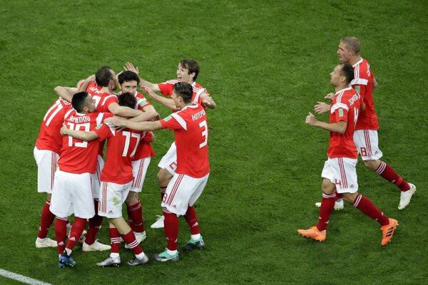 Ruskí futbalisti zvíťazili aj v druhom zápase na MS.