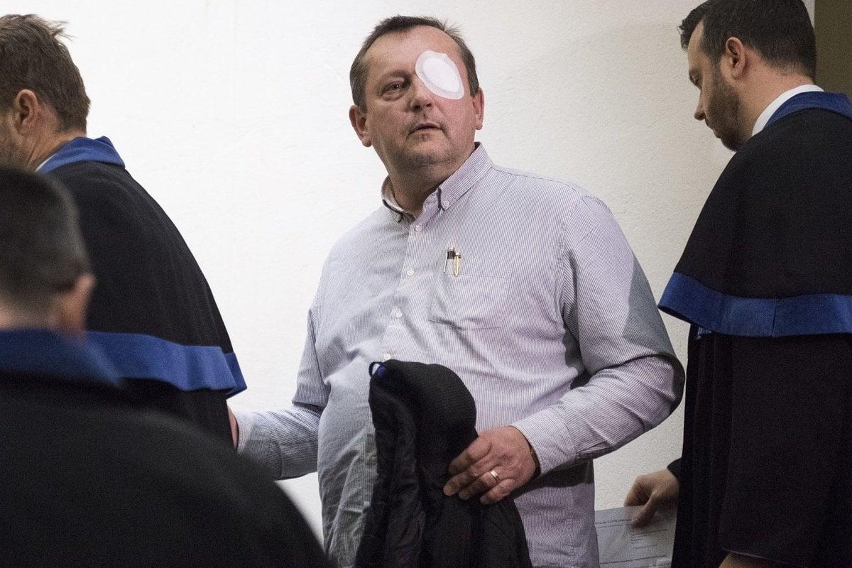 Polícia zadržala Pachingera obvineného v tunelovania nebankoviek - domov.sme.sk