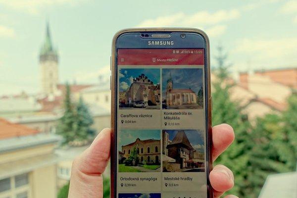 Turisti lepšie spoznajú Prešov vďaka novej mobilnej aplikácii.