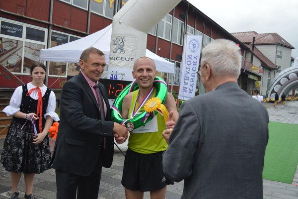 Ukrajinec Viktor Starodubtsev vyhral 44. ročník Kysuckého maratónu.