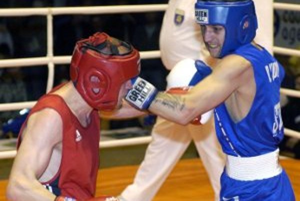 Boxerista Rudolf Dydi (vpravo).