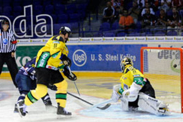 Prvý gól v sieti Lipovského.