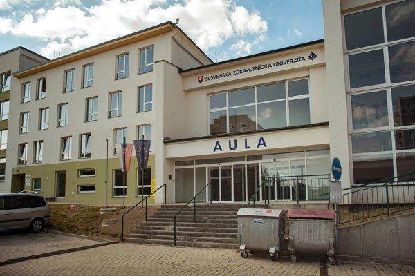 V aule SZU sa dnes konal seminár, skončil predčasne.