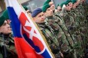 Slovenskí vojaci slúžiaci v zahraničných misiách KFOR v Kosove a EUFOR v Bosne a Hercegovine.
