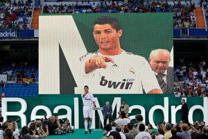 Ronaldo v roku 2009, keď prestúpil do Realu.