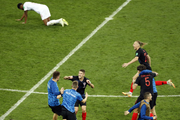 Chorvátsko oslavuje postup do finále MS vo futbale 2018.