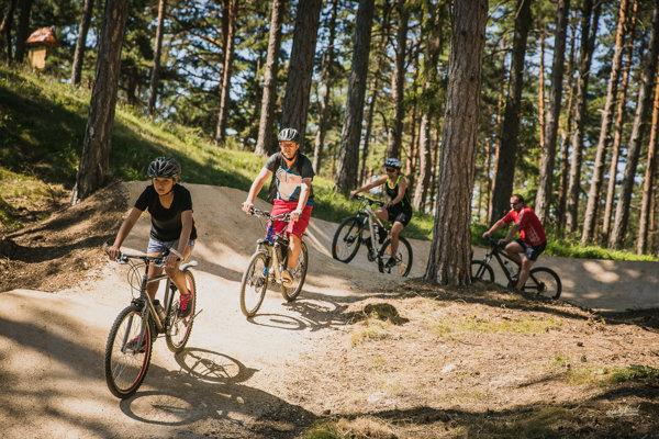 S podporou Nadácie VÚB pribudla okolí Bojníc nová 700 m dlhá trať Turzov flow trail.