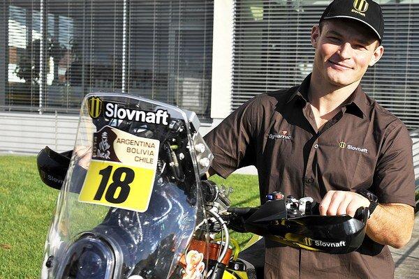 Štefan Svitko jazdí na tohtoročnej Rely Dakar na novom motocykle.