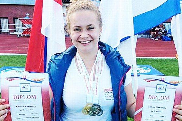 Úspešná oravská atlétka Andrea Mäsiarová sa vrátila na súťažnú scénu po zdravotných problémoch, ktoré trvali od septembra.