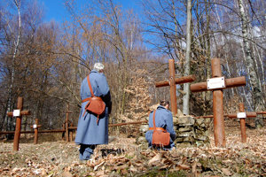 Valentovce. Vojnový cintorín Výrava.