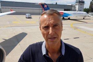 Richard Raši na bratislavskom letisku.