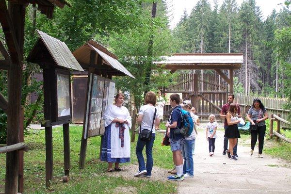 V Múzeu slovenskej dediny v Martine je dnes Oravská nedeľa.