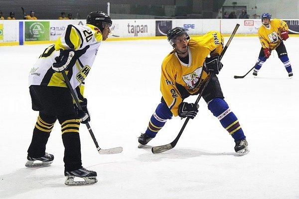 V zápase Liesku a Námestova padlo v úvodnom kole Altis OHL 12 gólov.