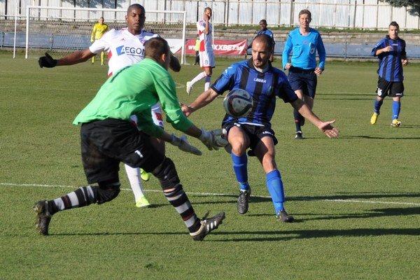 Po vypadnutí zo Slovenského pohára proti Trenčínu sa oravské mužstvo naladilo opäť na víťaznú vlnu.