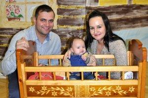 Rodina Škrabeková prišla so synom Davidom.
