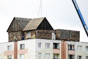 Pamätník ľudovej architektúry stojí v Košiciach od septembra.