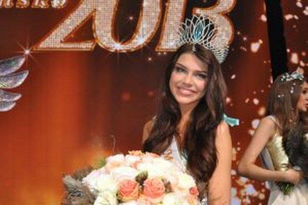 Miss Slovensko 2013 Karolína Chomisteková si Silvester neplánuje. Jeho prežitie necháva na náhodu.
