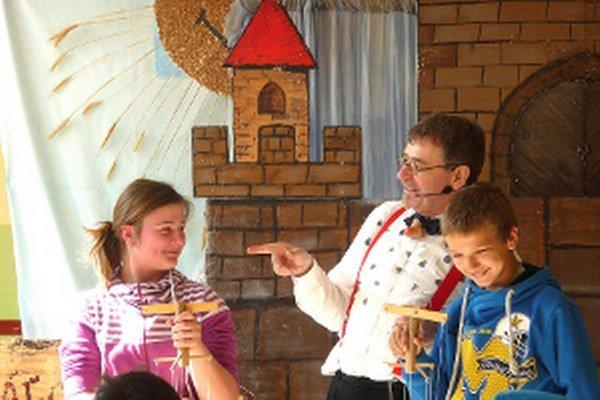 Ján Haruštiak z Dr. Klauna pozval deti do rozprávky.