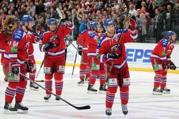 Lev Praha sa v minulej sezóne dostal až do finále KHL.