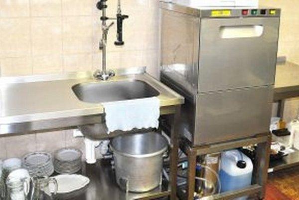 Nové zariadenie kuchyne stálo takmer päťtisíc eur.